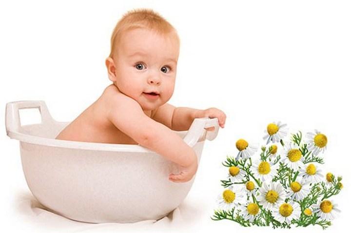 Малыш в тазике